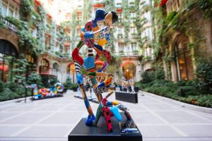 PLAZA ATHENEE EXHIBITION - Dorit Levinstein